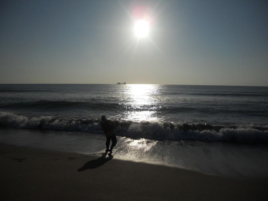 釣り師 ④ (2014.10.11 閖上海岸)